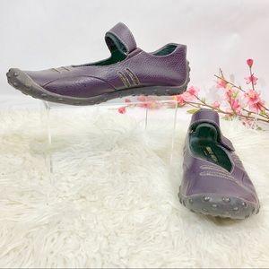 Berne Mev purple walking shoes size 39/9